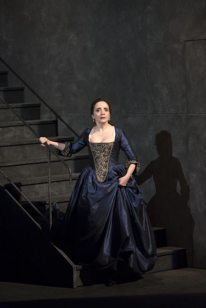 Dangerous Liaisons soon on stage in Paris